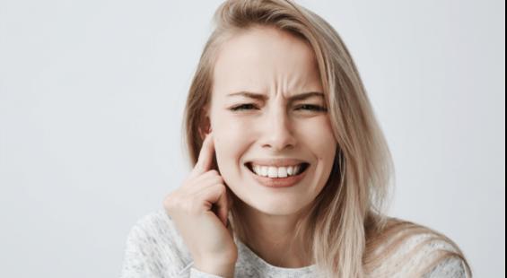 woman-hearing-problem